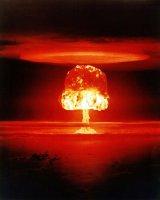 Nuclear explosion (Gerd Altmann)_1.jpg