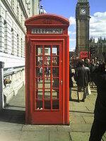 170px-English-telephone-box.JPG