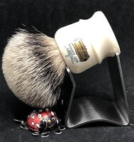Chubby2-Best.inThaterBrushStand.480.9-30-20.JPG