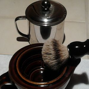 Shaving Scuttle / Brush